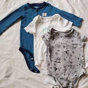6-12 month old onsie bundle